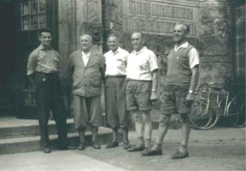 1959 Bundestreffen der Wanderfahrer in Coburg. Gewinner des Conti-Pferdes.