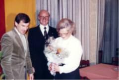 Egbert Eyring bedankt sich im Namen der Aktiven beim 1. Vorstand und seiner Frau.