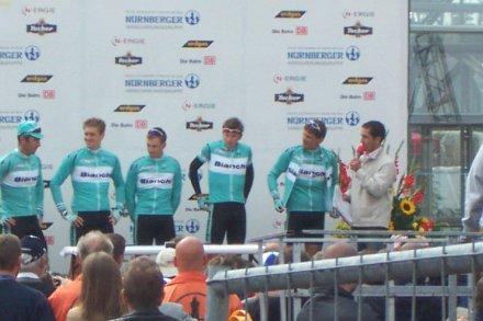 Team Bianchi beim Radrennen Rund um die Nürnberger Altstadt 2003