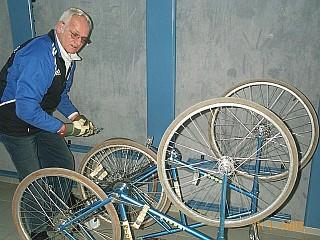 Radballtrainer und Chefmechaniker