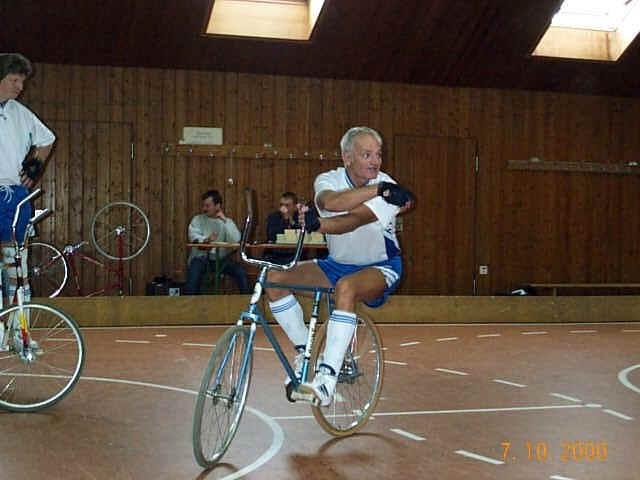 Auf dem Fahrrad Herbert Leibold